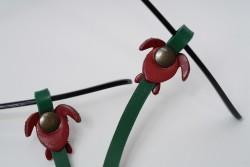 Gözlük Askısı Deri Özel Tasarım Yeşil Askı Kırımızı Caretta